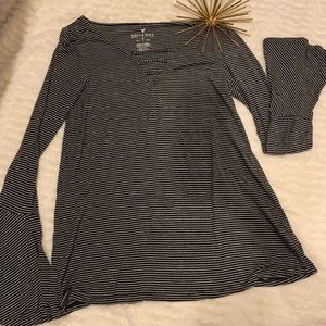 Like New American Eagle Soft & Sexy Top Size Small